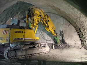 Prorážka tunelové roury B v listopadu 2005