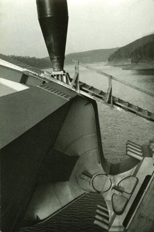 Ložisko oblouku (nosnost 6000 t).