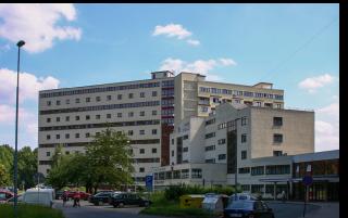 Evžen Linhart, Václav Hilský, kolektivní dům v Litvínově, pohled na východní křídlo