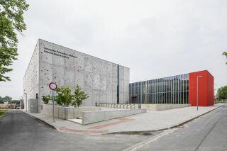 Pohled na vstup do Aplikačního centra BALUO ze severovýchodní strany