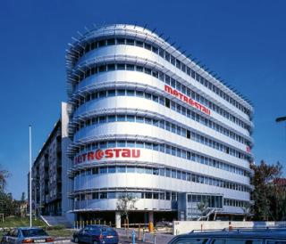 Obr. 7 Administrativní budova Palmovka Park 1, do roku 2013 sídlo centrály společnosti Metrostav a.s.