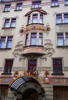 Hotel Central z let 1899–1900 v Praze byl postaven ve stylu secese, přestavěn byl naposledy v letech 2002 až 2004 (foto: Petr Zázvorka, 2020)