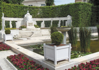 Památník císařovny Alžběty, vybudovaný v letech 1904 až 1907, Vídeň (zdroj: Georges Jansoone, 2006, Wikimedia Commons, CC-BY SA 2.5)