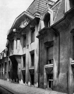 Trojdům pod Vyšehradem, 1913