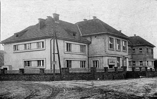 06 Měšťanská škola v Púchově