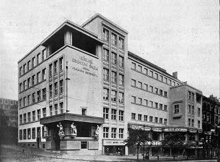 08 Veřejná obchodní škola pražského obchodnictva