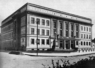 10 České gymnázium v Duchcově