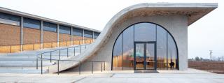 Vstup do návštěvnické části a amfiteátr (foto: Alexandra Timpau / Alex Shoots Buildings)