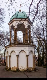 Obr. 05 Pohled na kapli Božího hrobu – stav před obnovou v roce 2017 (foto: arch. Miloslav Hanzl)