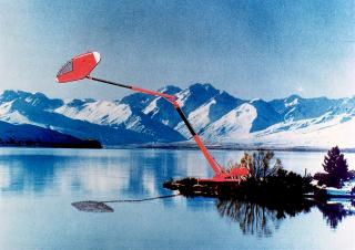 Peanut, 1984. Vrchol Kaplického série návrhů obydlí v divočině – obydlí je možné dynamicky zvedat, spouštět, přesouvat. Obytná kapsle připomínající kokpit letadla je umístěna na konci hydraulicky ovládaného ramene, které  je možné libovolně vysunovat nebo stahovat