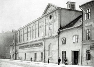 Divadlo na Veveří v Brně, realizované podle Münzbergerova návrhu z let 1892 až 1894