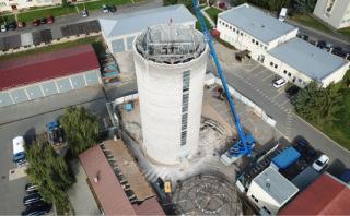 Obr. 21 Sejmutí a opětovné nasazení střechy vodojemu