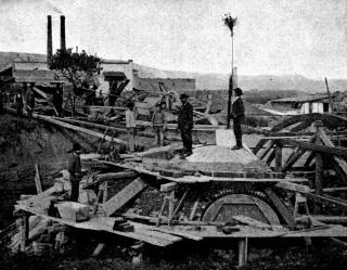 Stavba klenby lapáku písku [8]