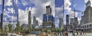 Obr. 01. Pokračující výstavba nového komplexu WTC (říjen 2015)