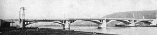 Původní most přes Vltavu v Praze na Pelc-Tyrolku (most Barikádníků), 1926–1928