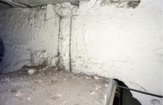 Obr. 05b Vícelodní halové objekty – vyplnění styků příhradových vazníků maltovou zálivkou