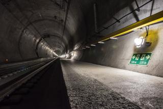 Úsek Amsteg – nouzové osvětlení