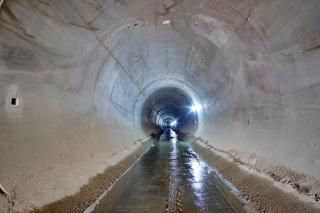 Finální železobetonové ostění tunelu