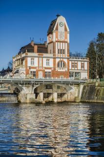 Vodní elektrárna Hučák v Hradci Králové