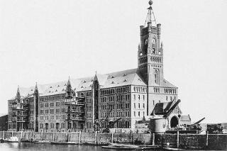 Obr. 03 Původní císařský Kaiserspeicher zničený v roce 1943