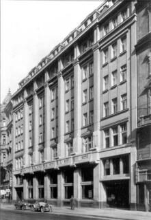 Fasáda paláce YMCA – ulice Na Poříčí, původní stav (zdroj: archiv Palác YMCA, s.r.o.)