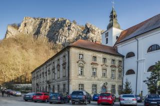 Současný stav vnějších fasád kláštera a jejich poruch, z hlediska vlhkosti