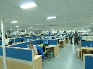 Obr. 05b Interiér hlavní kancelářské budovy