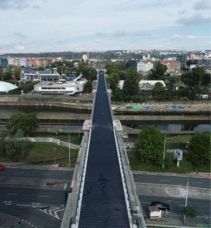 Obr. 09 SO 14-12 – pohled na viadukt směrem do Bubnů po pokládce antivib- račních rohoží
