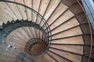 Detail jednoho ze schodišť