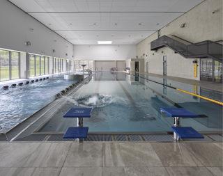 Obr. 10 Interiér bazénové haly