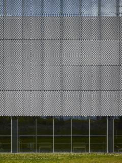 Obr. 08 Obvodový plášť z tahokovu