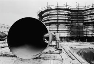 Obr. 02 Úpravna vody Želivka. Etapa II, výstavba v letech 1983–1987. Příprava ocelového potrubí