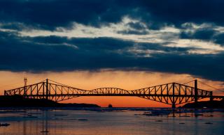 Obr. 10b Most Quebeck Bridge po dokončení