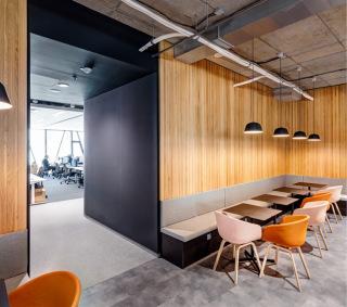 Kancelářský prostor nájemní jednotky v 3.NP