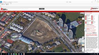 Pohľad na stavebnú jamu a okolitú zástavbu