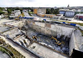 Stavební jáma Hlavní čerpací stanice a nátokového objektu před dokončením těžby na základovou spáru