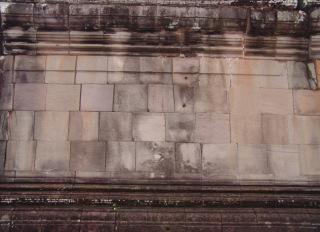 Obr. 4c Příklady spárořezu zdiva chrámových zdí – s vazbou (zdroj: archiv autora)