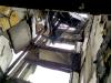 Obr. 13 Poruchy v priestore schodišťa v horných podlažiach budovy, vybočenie delených stenových panelov pri medzipodeste