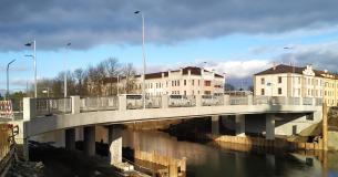 Obr_01_Pohled na dokončený most Komenkého