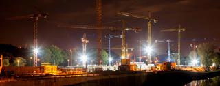 Obr. 1 Noční pohled na stavbu Nové vodní linky ÚČOV v Praze