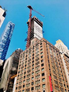 Obr. 11 Podoba rozestavěné věže v říjnu 2017 (foto: Brian Aronson)