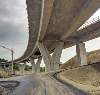 Obr. 09 Pohľad na mostný objekt 208-00 (stav v roce 2020)