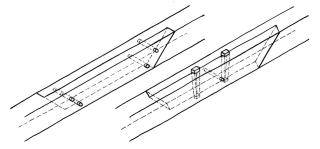 Obr. 2 Varianty celodřevěného spoje: a) čtyřkolíkový spoj, b) dvouhmoždíkový spoj s jedním zajišťovacím kolíkem
