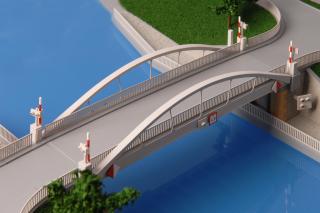 Stavba 003.C – Silniční most na místní komunikaci Vraňany – jižní pohled (foto modelu)