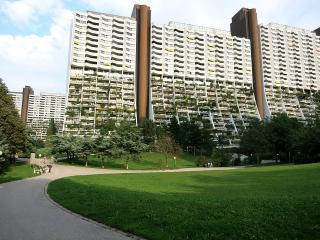 """Obytný park Alt-Erlaa – """"luxus pro všechny"""" – pohled na terasový dům Alt-Erlaa"""