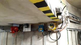 Přístroje systému řízení kolektoru v šachtě J102