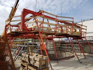 Obr. 30 Šachta J102 – tuhá prostorová konstrukce pro kontinuální betonáž