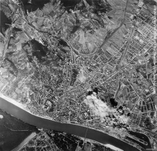 Bombardovanie Bratislavy, 1944