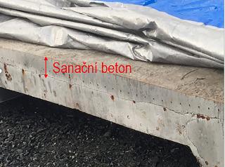 Obr. 15 Sanační beton v desce nad předpínacími kabely – odstraněno 40 % plochy desky
