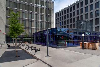Administrativní komplex Palmovka Open Park – pohled na vnitřní centrum mezi budovami